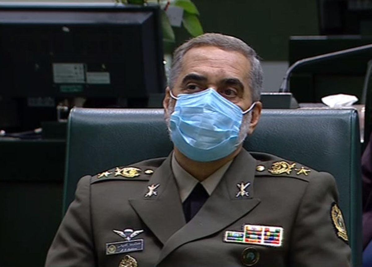 وزیر دفاع: ۲۰ میلیون دُز واکسن فخرا تا پایان سال تحویل وزارت بهداشت میشود