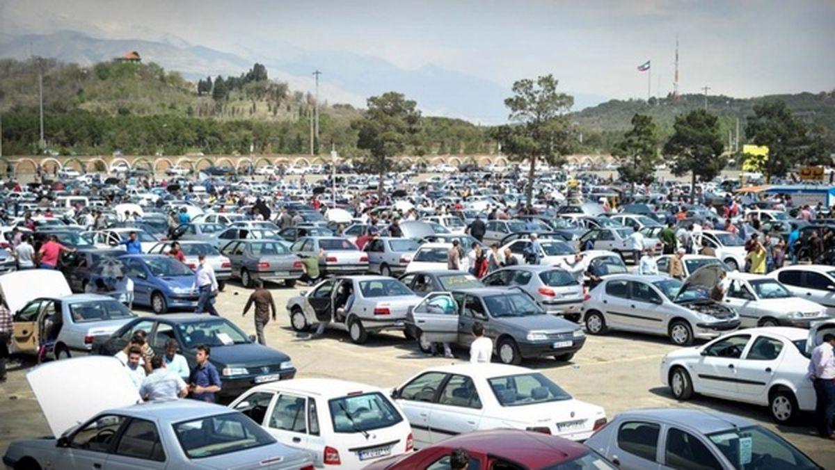 تقاضای خودرو در ۱۵ روز اخیر ۵۰ درصد ریزش کرده است
