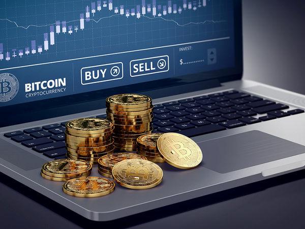 بیت کوین یا طلا؟ عملکرد کدام در مقابل تورم بهتر است؟