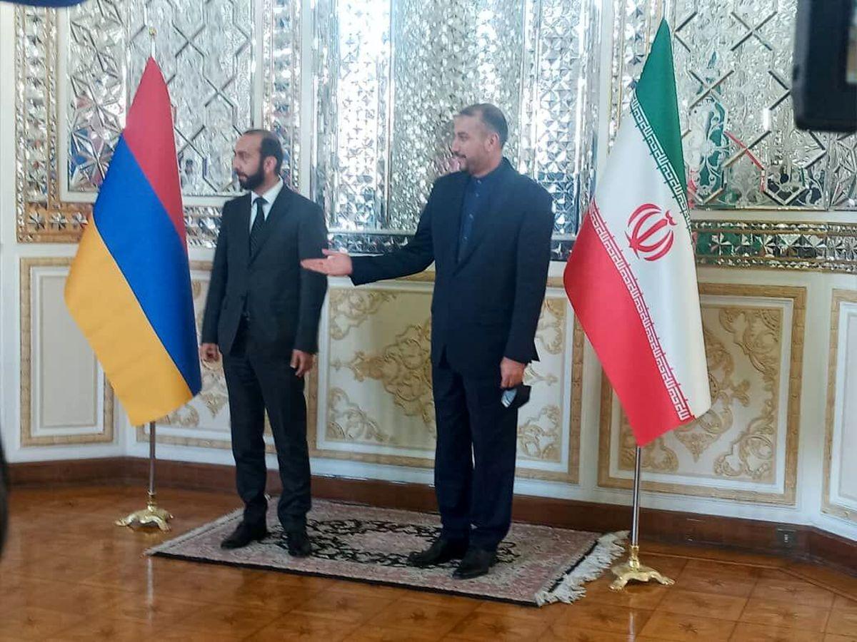 دیدار و گفتگو وزیران خارجه ایران و ارمنستان
